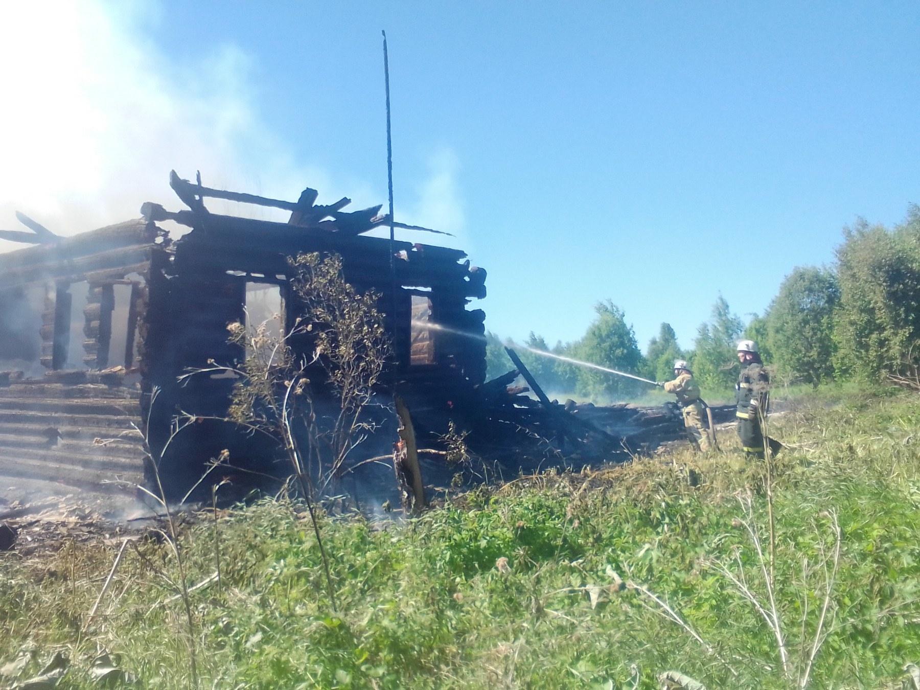 Пожарно-спасательные подразделения ликвидировали пожар в Кикнурском районе