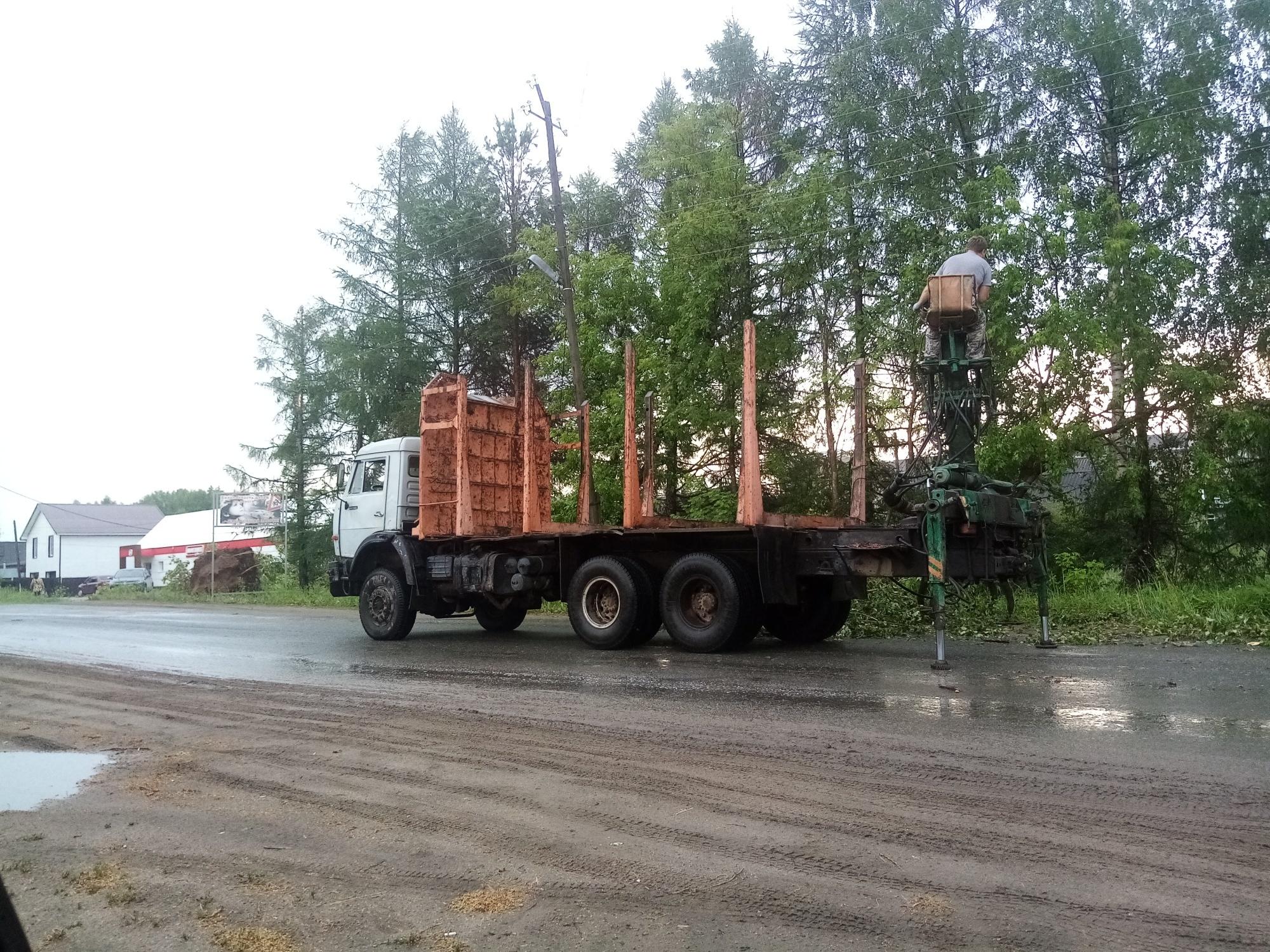 Нарушение электроснабжения в Даровском и Опаринском районах