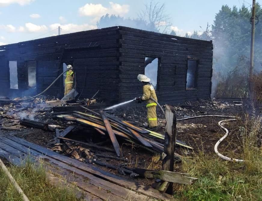 Пожарно-спасательные подразделения ликвидировали пожар в Пижанском районе